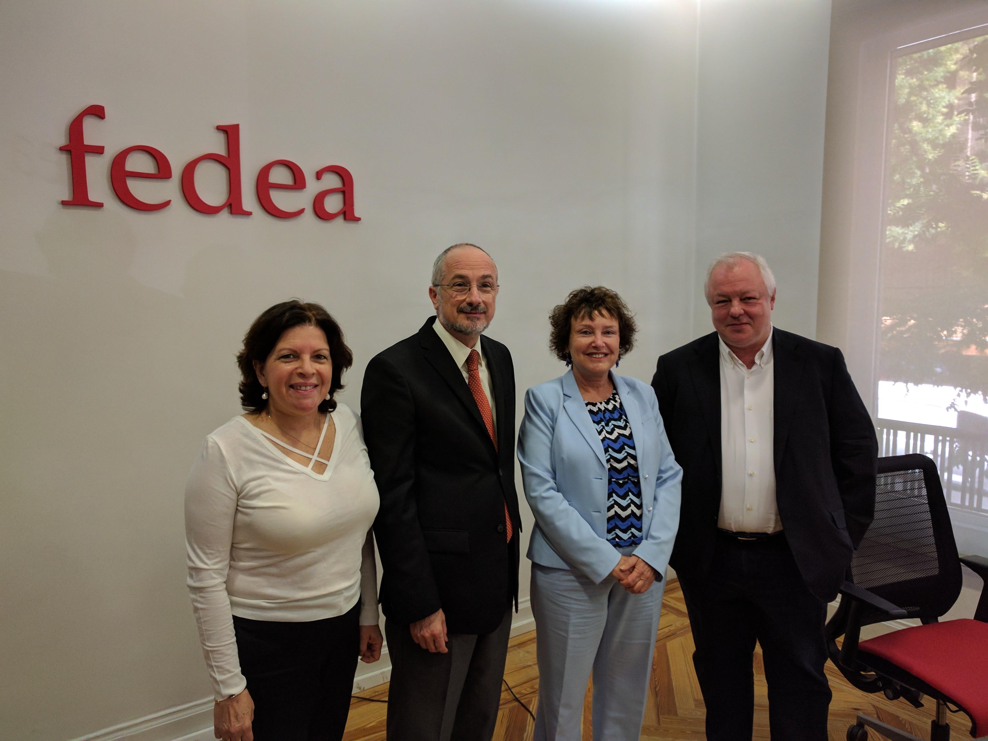 Foto: Shirley Kutner, Daniel Kutner (Embajador de Israel en España) Karnit Flug (Gobernadora del Banco de Israel) y Ángel de la Fuente (Director de Fedea).